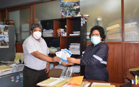 Entrega de equipos de bioseguridad a personal de la GRELL